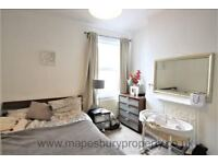Stunning 2 bedroom Flat on Mora Road NW2, within walking distance of Lidl, Gladstone park and others