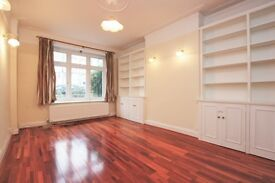 4 bedroom house in Sandringham Gardens, Golders Green, NW11
