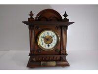 OAK MANTEL CLOCK DATING FROM 1906