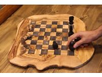 Engarved olive wood chess games Wooden chess set
