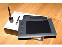 Wacom Intuos Pro Small Graphics Tablet