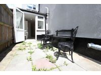 LOVELY 2 BED FLAT in Enfield, Forty Hall, Ponders END. ideal for shops, amenities. EN1 EN2 N21