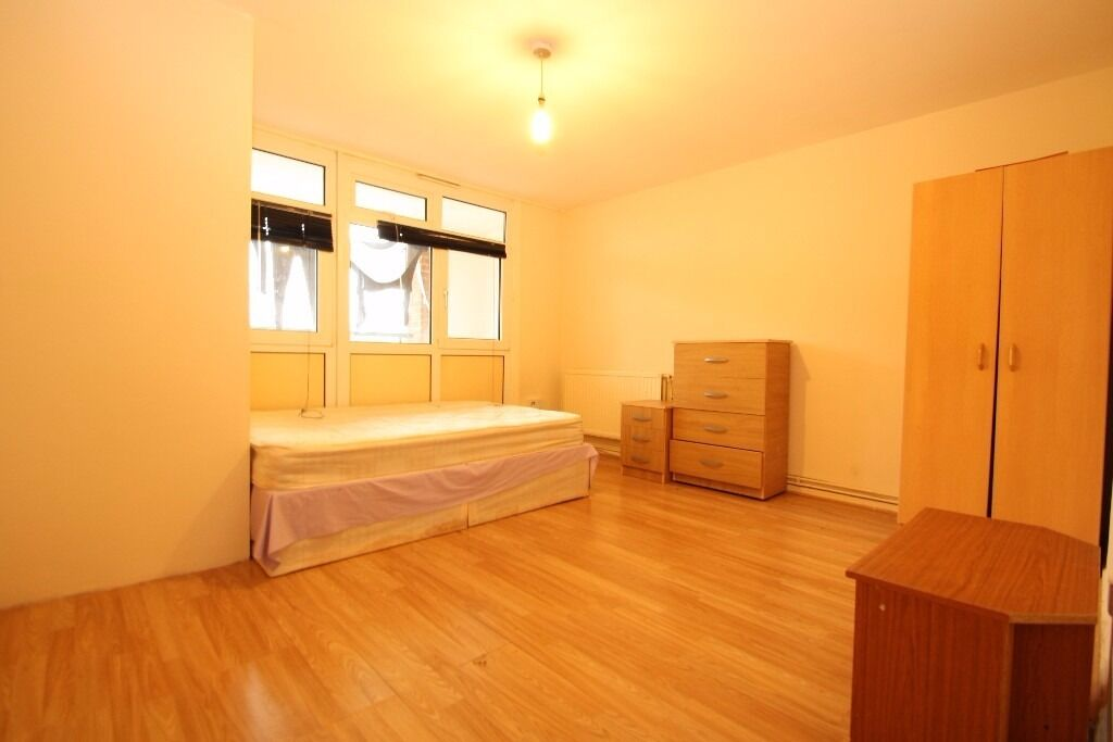 All Bills Included! Large Room In Flat With Shared Balcony Close To Seven Sisters Tube