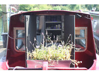 Lovely Contemporary Narrowboat Liveaboard Houseboat Canal Barge, Surrey