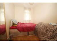 All Bills Included! Large Furnished Room with Shared Balcony Near Seven Sister Victoria Line Tube