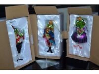 THREE FANTASTIC FROG TREE DECORATION JUST LOOK AT THE DETAILED GLASS FROGS