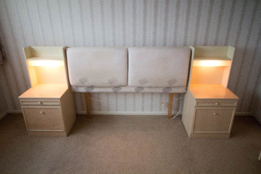 Bedside Tables With Built In Lights