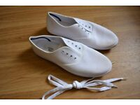 white shoes for sale, size 10 UK / 44 EU