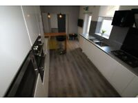 Furbished rooms to let - First month rent free (subject to 12 month contract), Bills included