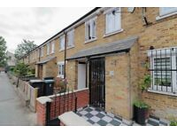 !!! SHARERS LISTEN !!! AMAZING 3/4 BED HOUSE NEAR SEVEN SISTERS WITH PRIVATE PATIO GARDEN !!!!