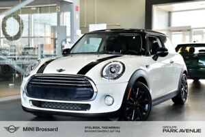 2017 MINI Cooper 3 Door GARANTIE 2.5 ans + LED + STYLE PACKAGE