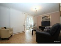 1 Bedroom Flat located Minutes from Bow Road. No DSS, 07825214488