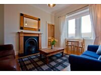 Two bedroom traditional tenement flat in Slateford