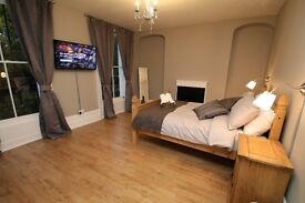 Spectacular Room In A Renovated House In Whitechapel, E1 For Short Term Let Only!