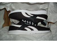 Reebok Royal EC Ride Mens Trainers Size 9 EU 43 Black / White Stripe Running Shoes Jogging Gym