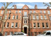 A charming one bedroom apartment set within this beautiful mansion block, Beaumont Crescent, W14