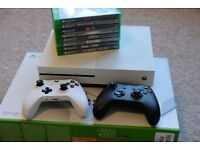 Xbox One S 500GB + Extra Controller + 9 Games