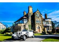 ** LIMITED OFFER JUST £199 ** VINTAGE WEDDING CAR HIRE SERVICE THROUGHOUT LEEDS AND WEST YORKSHIRE