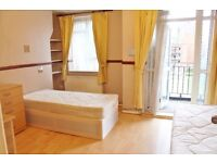 2 weeks rent and 2 weeks deposit is all you require!!! Call now to arrange a viewing