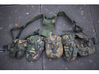 British Army Issue DPM PLCE Webbing Set (ref:cop) - Belt, Yoke, x5 Pouches