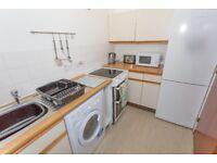 1 bedroom flat in Craigievar Gardens, Garthdee, Aberdeen, AB10 7GD