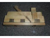 VINTAGE WOODEN CURVED MOULDING PLANE VGC HAS I NAME ON IT BUT CANNOT SEE IT,NO OFFERS,GOSPORT PICKUP