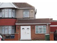 ★★★★ 2 BEDROOM SPLIT LEVEL FLAT TO RENT IN KENTON ★★★★