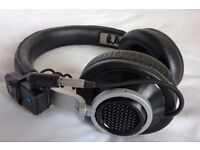 Philips Fidelio L1 Headphones with Bluetooth and Stand