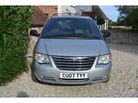 Chrysler Grand Voyager Limited XS CRD Stow and Go model