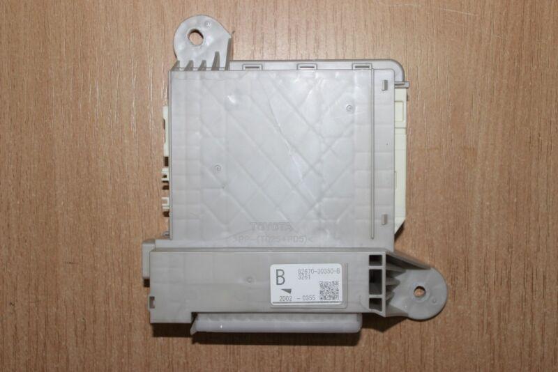 2013 LEXUS GS 450H GWL10 / IN BOOT FUSE BOX 82670-30350-B