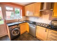 Kitchen Units, Hob, Oven, Extractor Hood, Sink & Taps, Plinths