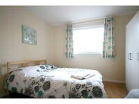 2 Bedroom refurbished flat - short term let