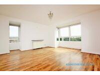2 bedroom flat in Raffles House, Brampton Grove, Hendon, NW4