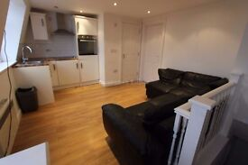 NEWLY REFURBISHED 1 BEDROOM LOCATED ON UXBRIDGE ROAD 12