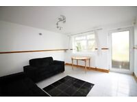 ***2 BEDROOM BUNGALOW TO RENT - NEW TO THE MARKET - WALKING DISTANCE TO BOUNDS GREEN TUBE***