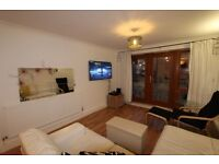 **** STUNNING 2 BEDROOM APARTMENT N16 ****
