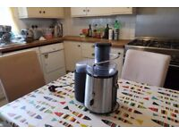 Whole Fruit Power Juicer by Andrew James - Black