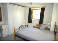 stunning en suite stratford couples welcome