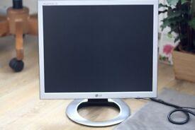 LG Flatron Slim 19-inch Computer PC Monitor - VGA & DVI Connections - Silver - Power & VGA Cables