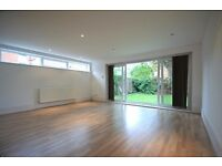 £275 PW. Newly converted one bed flat in N3 with sole use of rear garden. Avail 21st Sept - Unfurn.
