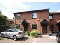 2 BEDROOM TERRACED HOUSE CLOSE TO KINGS CROSS-£410PW-AMAZING VALUE!