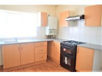 FANTASTIC 2 BED DUPLEX - DAWLEY PARADE, UB3 HAYES - SPACIOUS, BRIGHT AND RECENTLY REFURBISHED