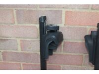 Roof bars, Thule, fit Volvo V70, 850 and others