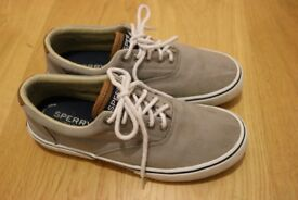 Sperry Grey Boat Shoes Size 9.5