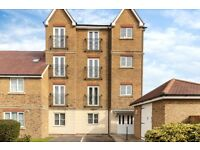 Modern top floor two bed flat for rent in Sittingbourne