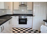 3 bedroom - split level - garden flat - Mile end - Central line - Victoria park - modern