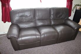 3 SEATER BROWN LEATHER SETTEE RECLINERS