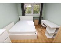SPACIOUS AND BRIGHT ROOM AVAILABLE NOW