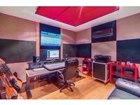 🎸🎸 Large Soundproofed Music Studio ideal for Music Production♫ [✔] Super Fast Wifi [✔] 24/7 Access