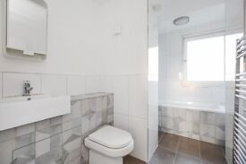ELEPHANT AND CASTLE-3 BEDROOM APARTMENT-MUST SEE!